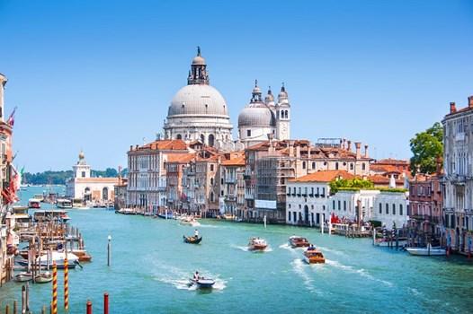Plan Your Dream Destination Wedding In Venice Italy